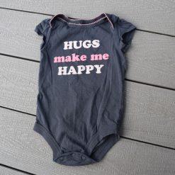 Cache- couche gris câlin fille bébé