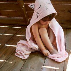 Une sortie de bain petit chat
